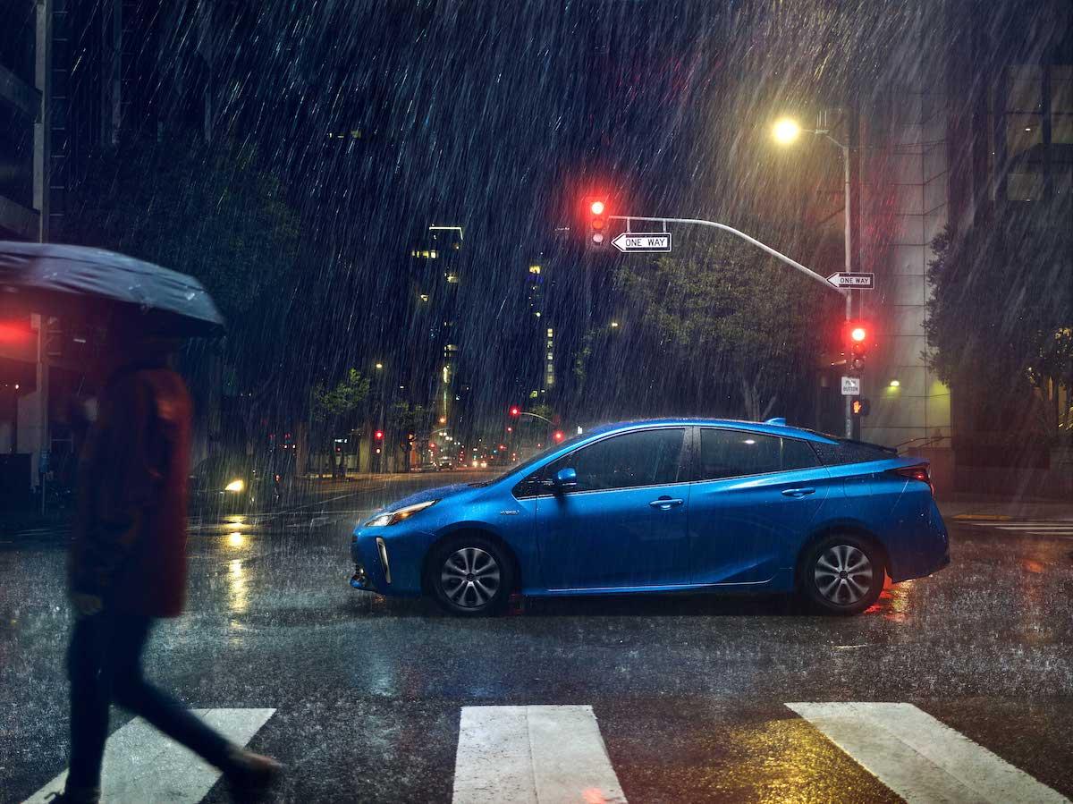 2019_Toyota_Prius_Limited_05_3D56BD2DFCE1D12EFD6EA3C17F92EFEA782D2E10.jpg