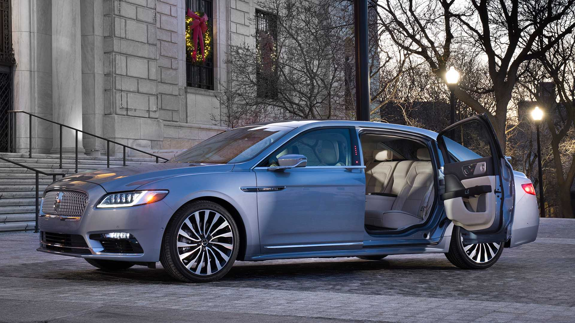 lincoln-continental-80th-anniversary-coach-door-edition (3).jpg