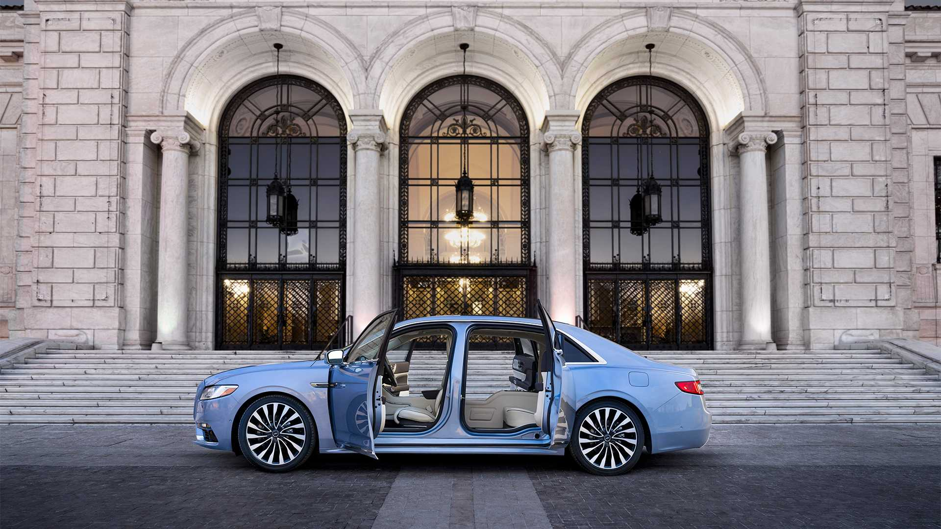 lincoln-continental-80th-anniversary-coach-door-edition (4).jpg