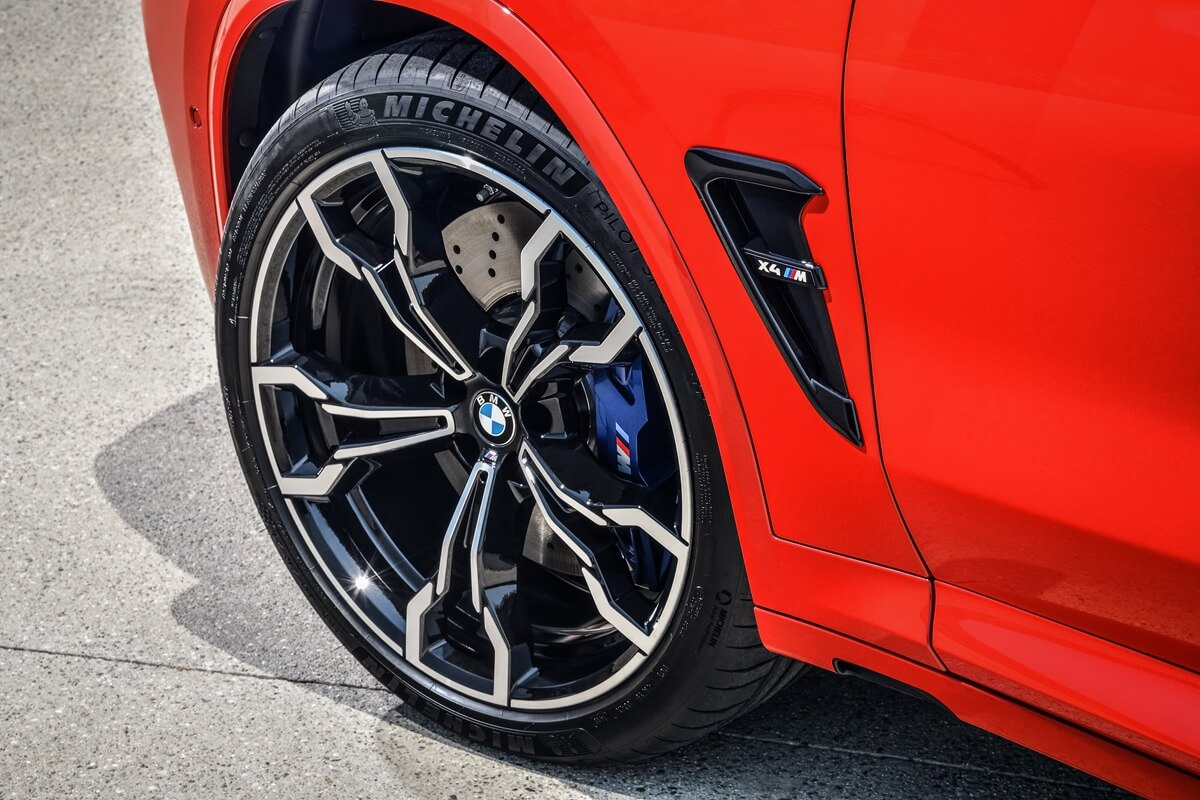 P90334562_highRes_the-all-new-bmw-x4-m.jpg
