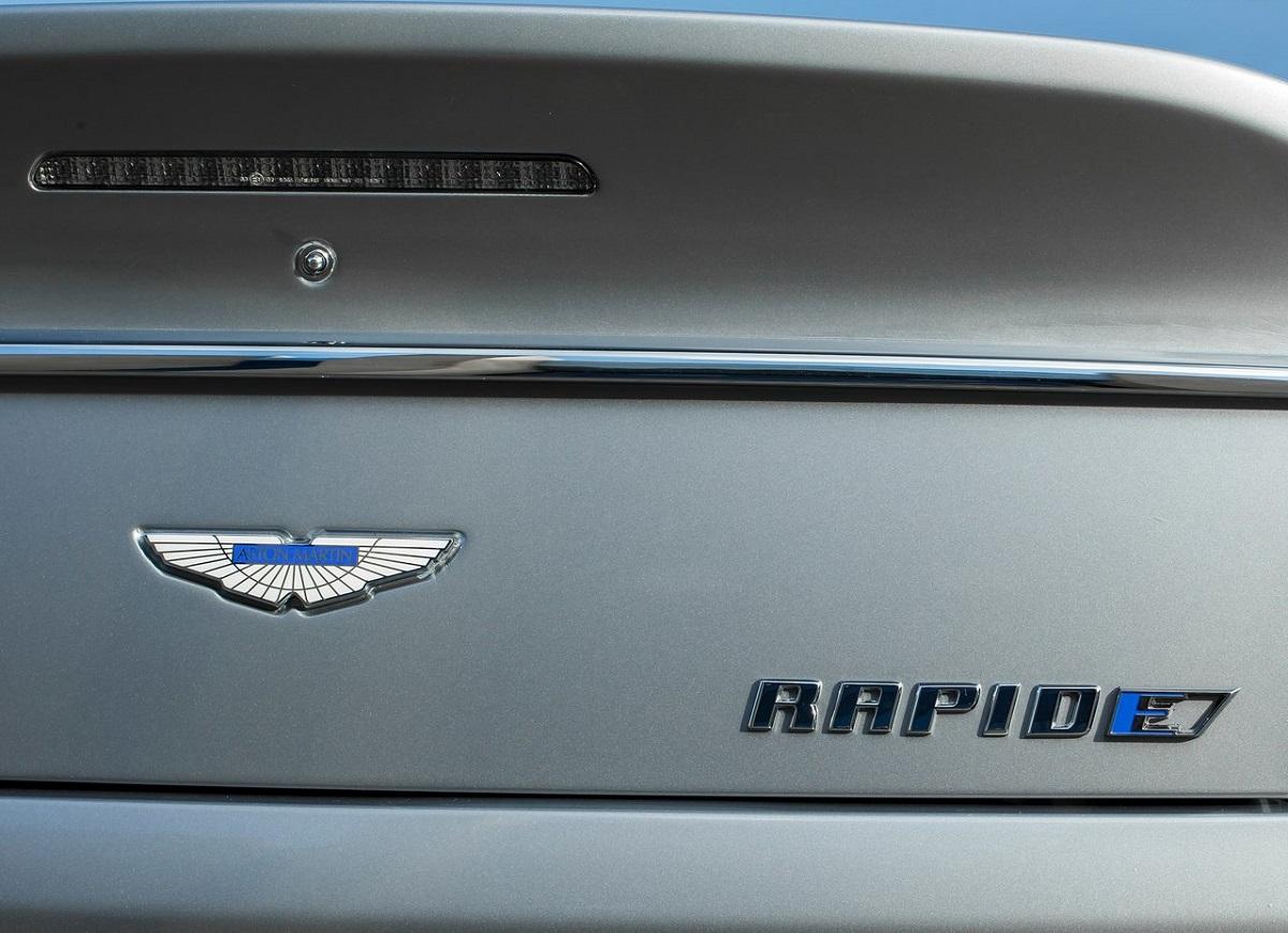Aston_Martin-RapidE_Concept-2015-2.jpg