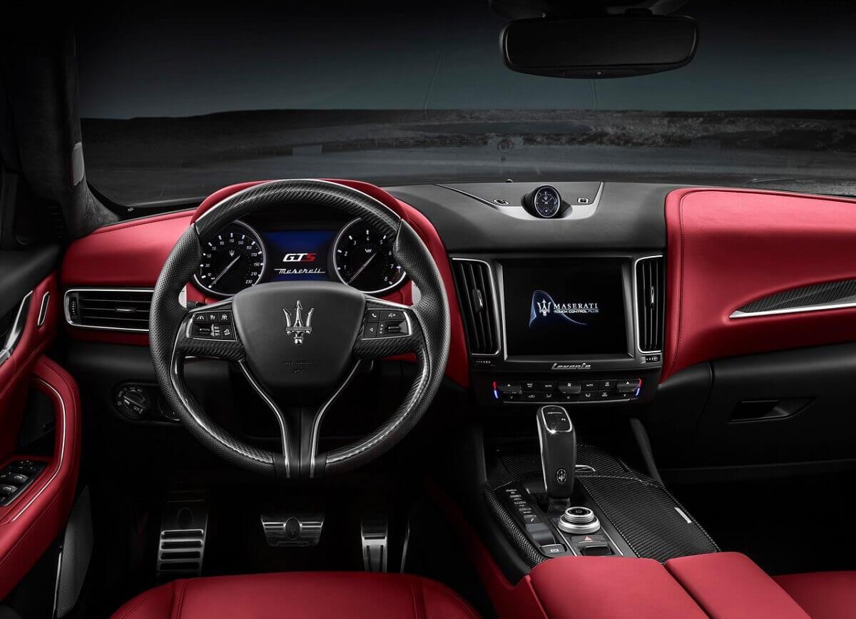 Maserati-Levante_GTS-2019-1280-03.jpg