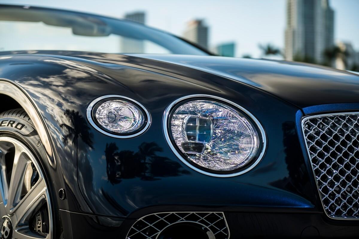 Bentley Continental GT Convertible V8 11.jpg