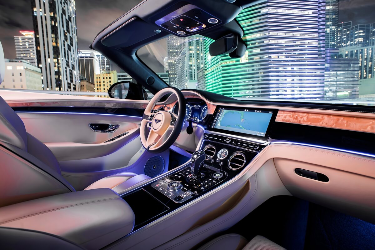 Bentley Continental GT Convertible V8 15.jpg