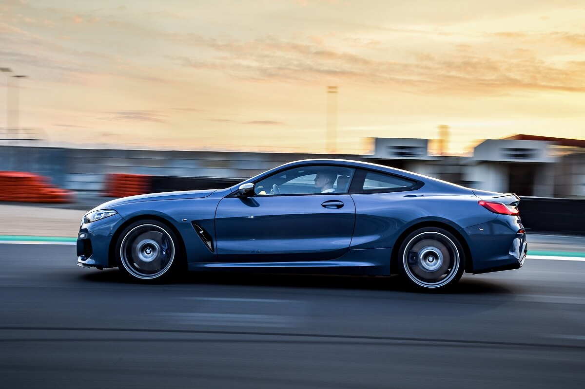 P90310523_highRes_the-all-new-bmw-8-se.jpg