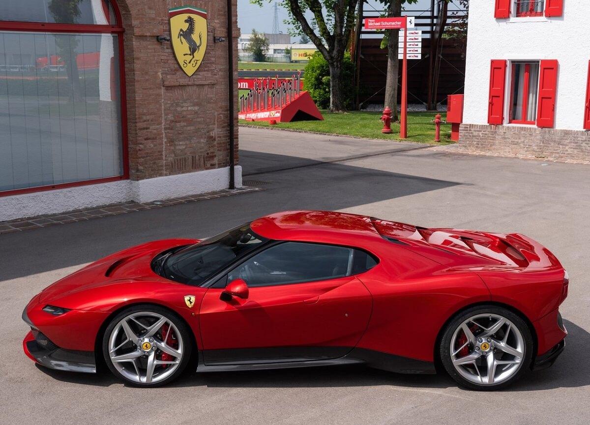 Ferrari-SP38-2018.jpg