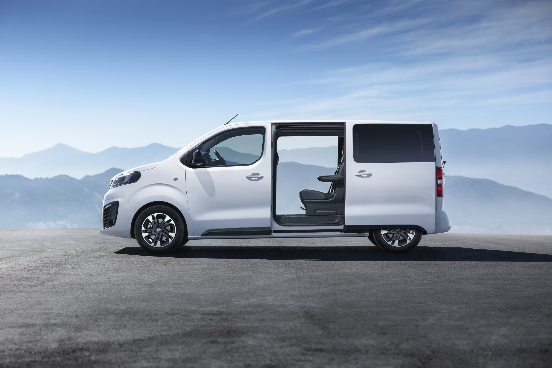 Opel-Zafira-Life-505559.jpg