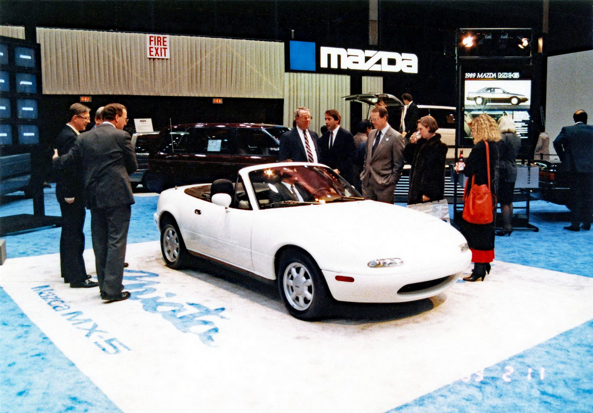 d6e18f0f-chicago-1989-mx-5-4.jpg