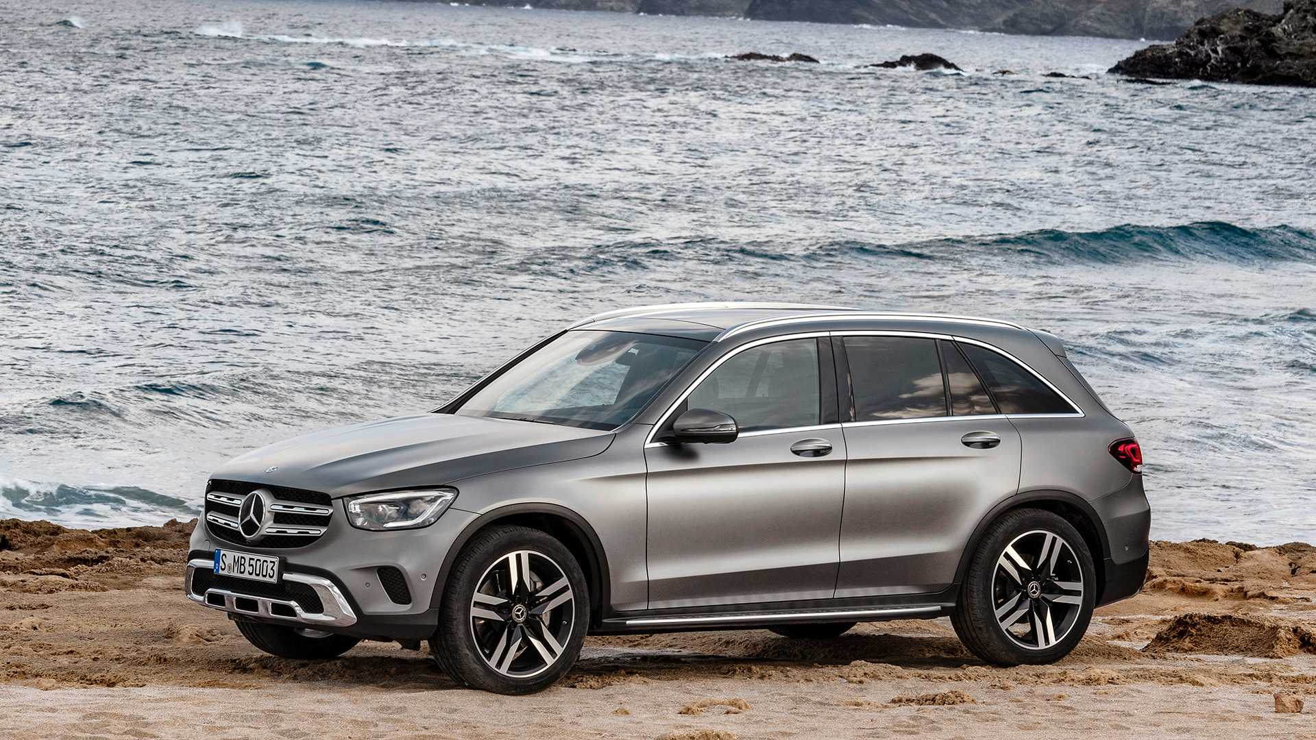 mercedes-benz-glc-2019 (4).jpg