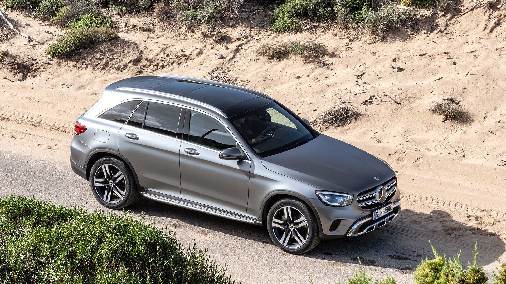mercedes-benz-glc-2019 (7).jpg