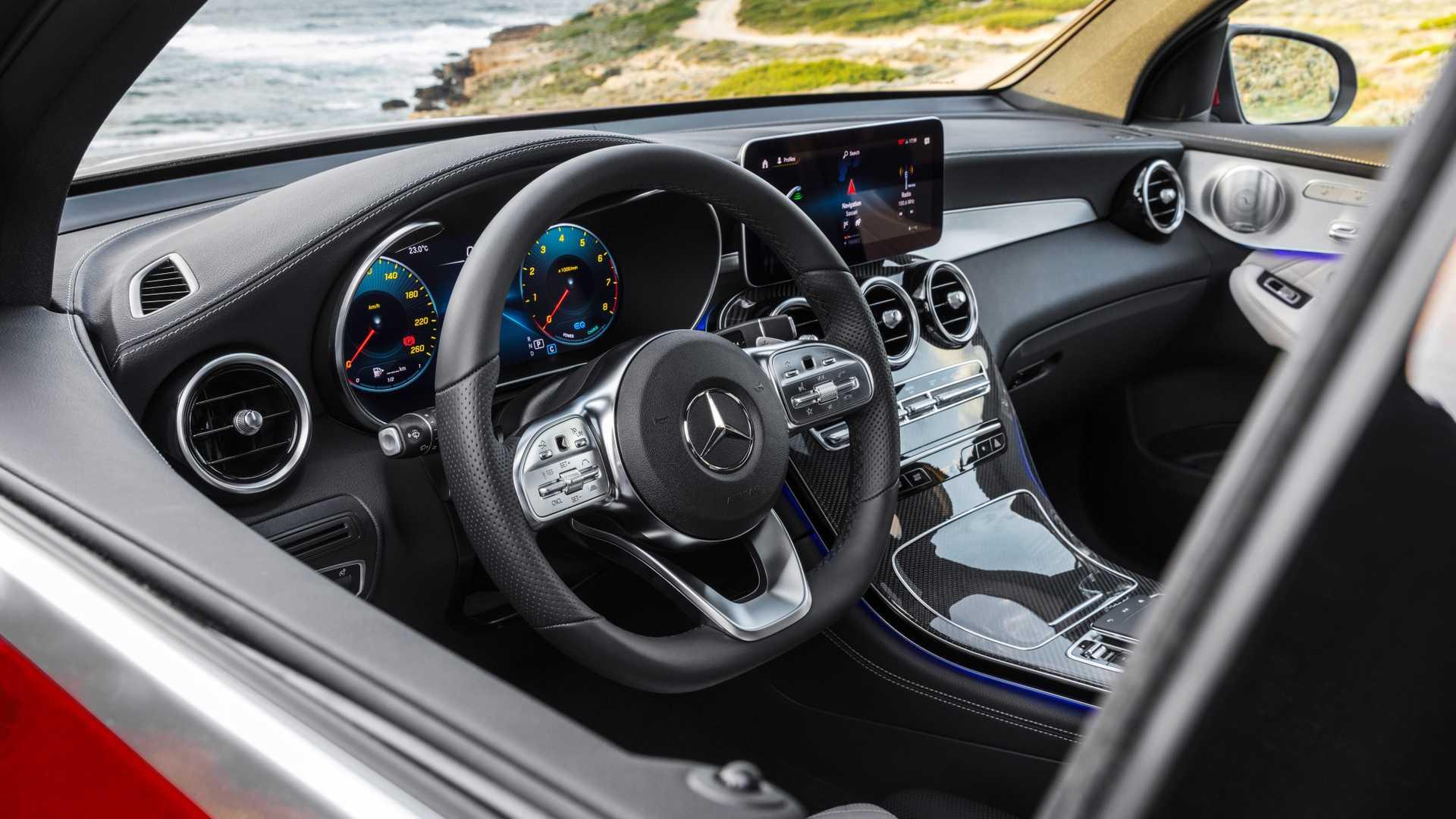 mercedes-glc-coupe-2019 (15).jpg