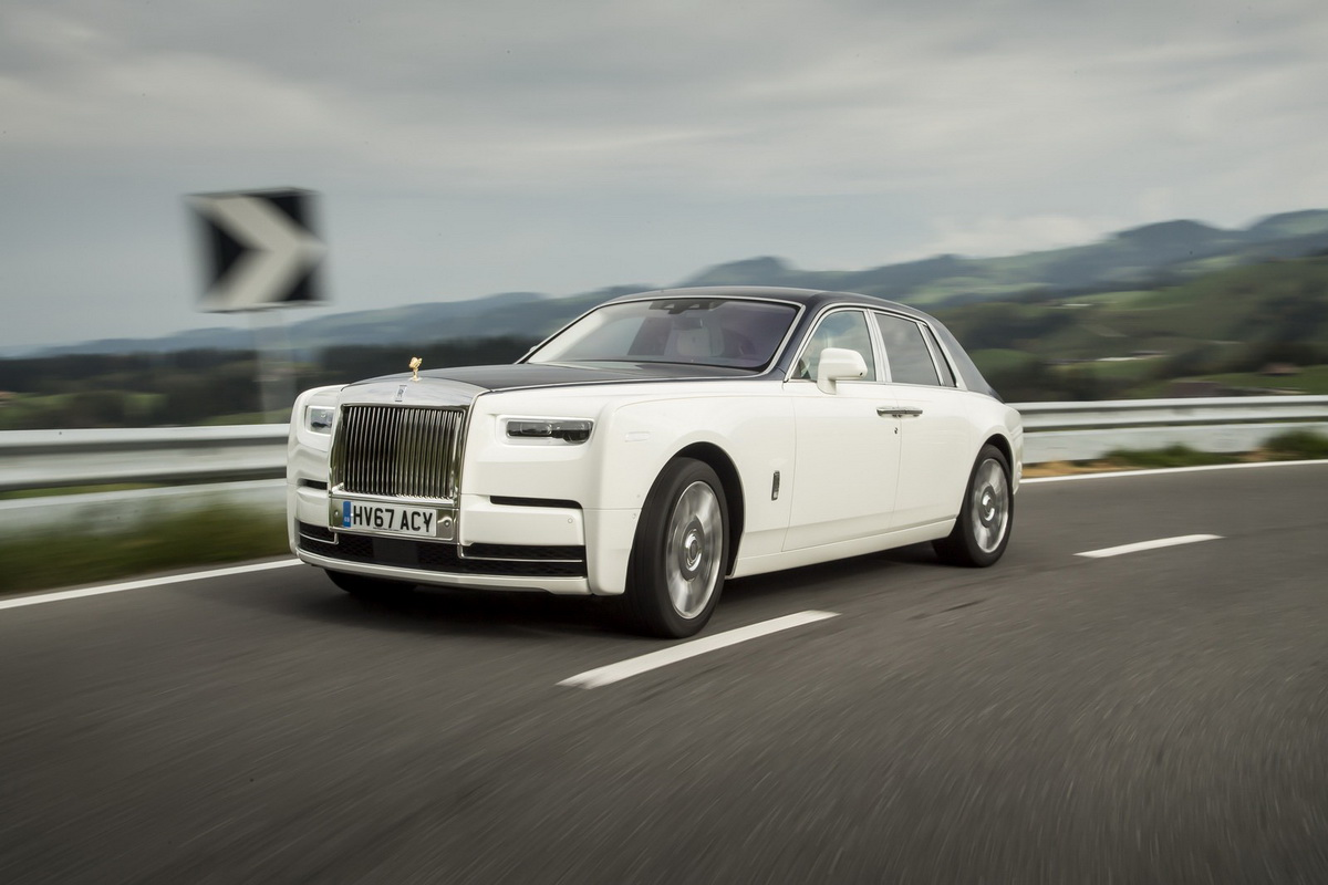 Rolls-Royce-Phantom-3.jpg