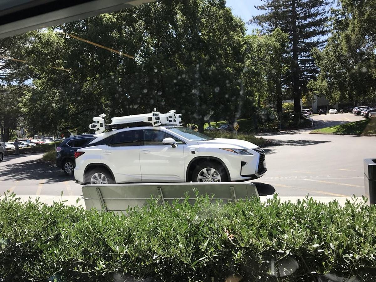 Apple-self-driving-Lexus-SUV.jpeg