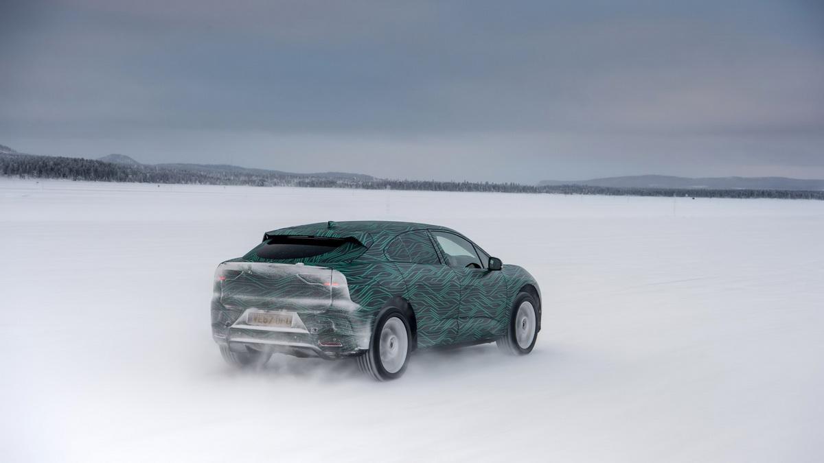 Jaguar-I-Pace-8.jpg