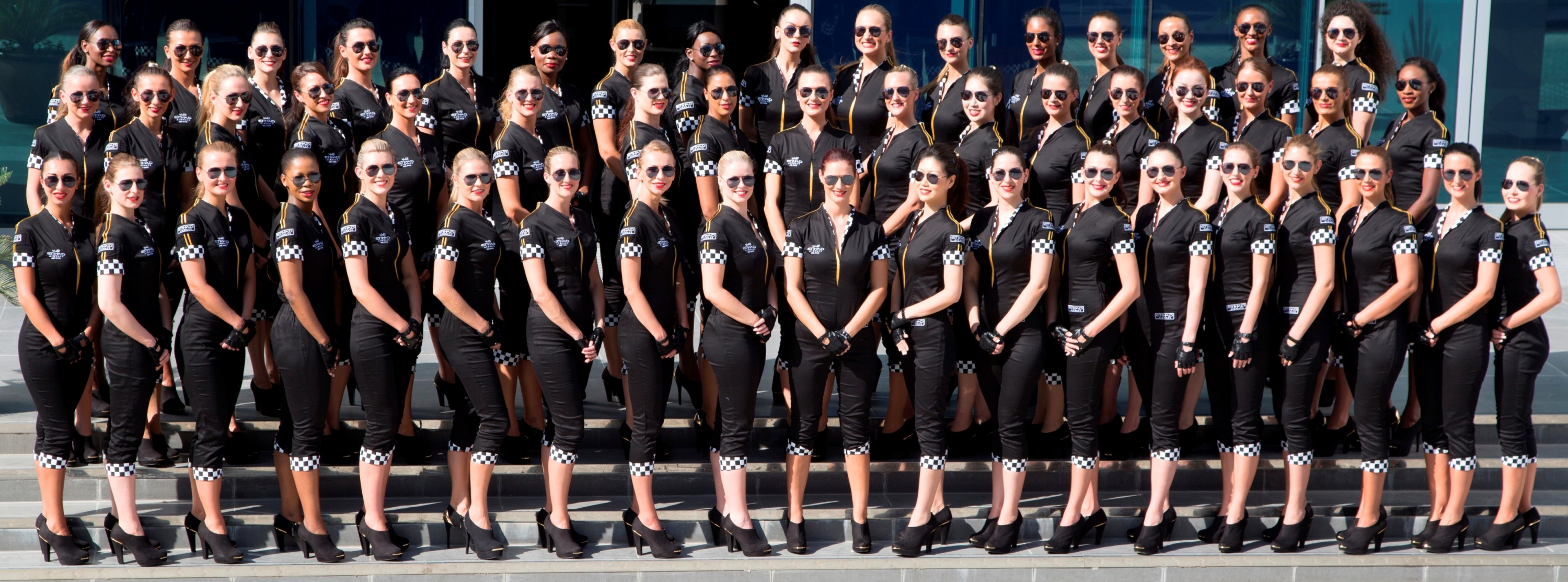 F1-grid-girls.jpg