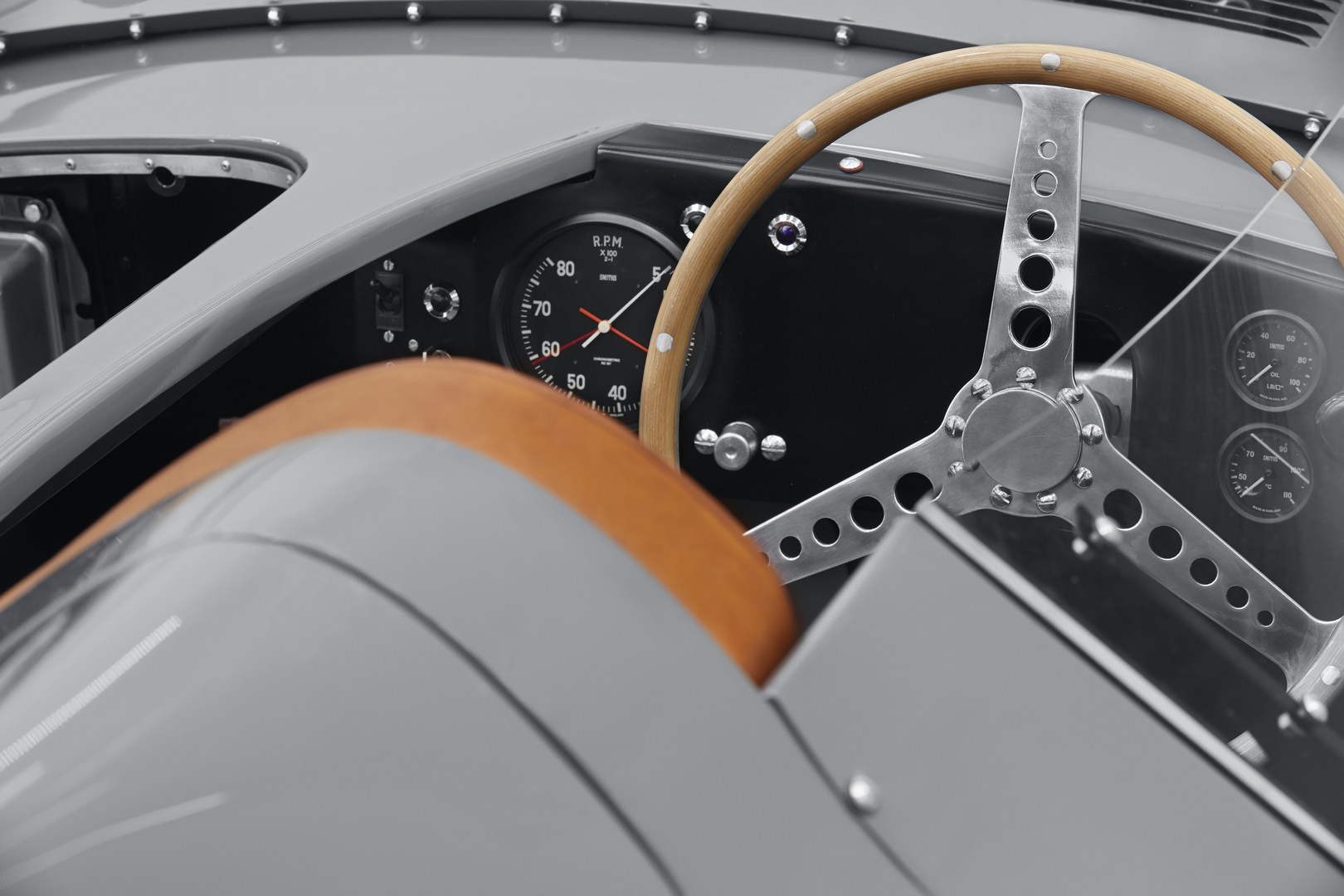 Jaguar-D-Type-9.jpg