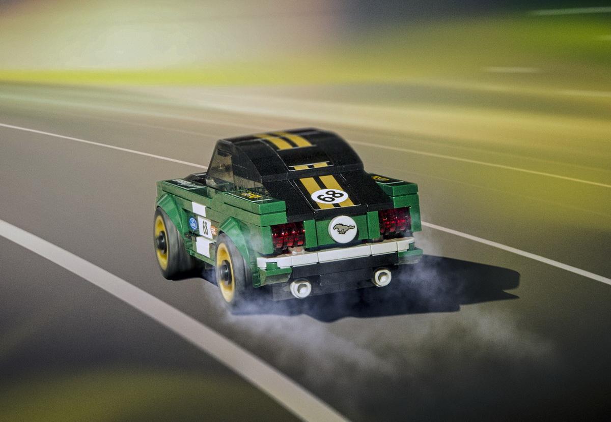 Lego-Mustang-3.jpg