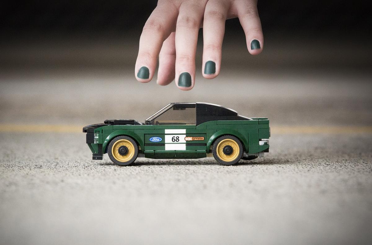Lego-Mustang-4.jpg