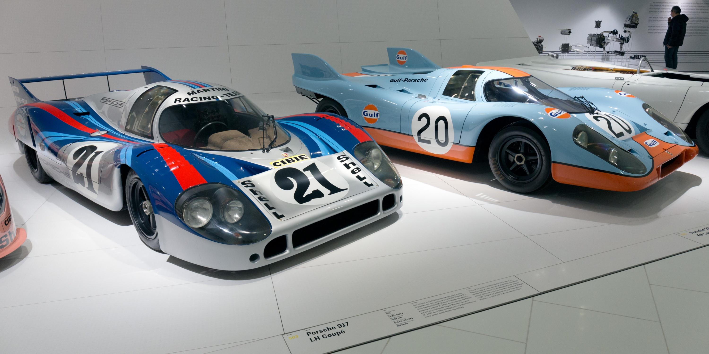 Porsche_917LH_and_917K_(Gulf)_Porsche_Museum.jpg