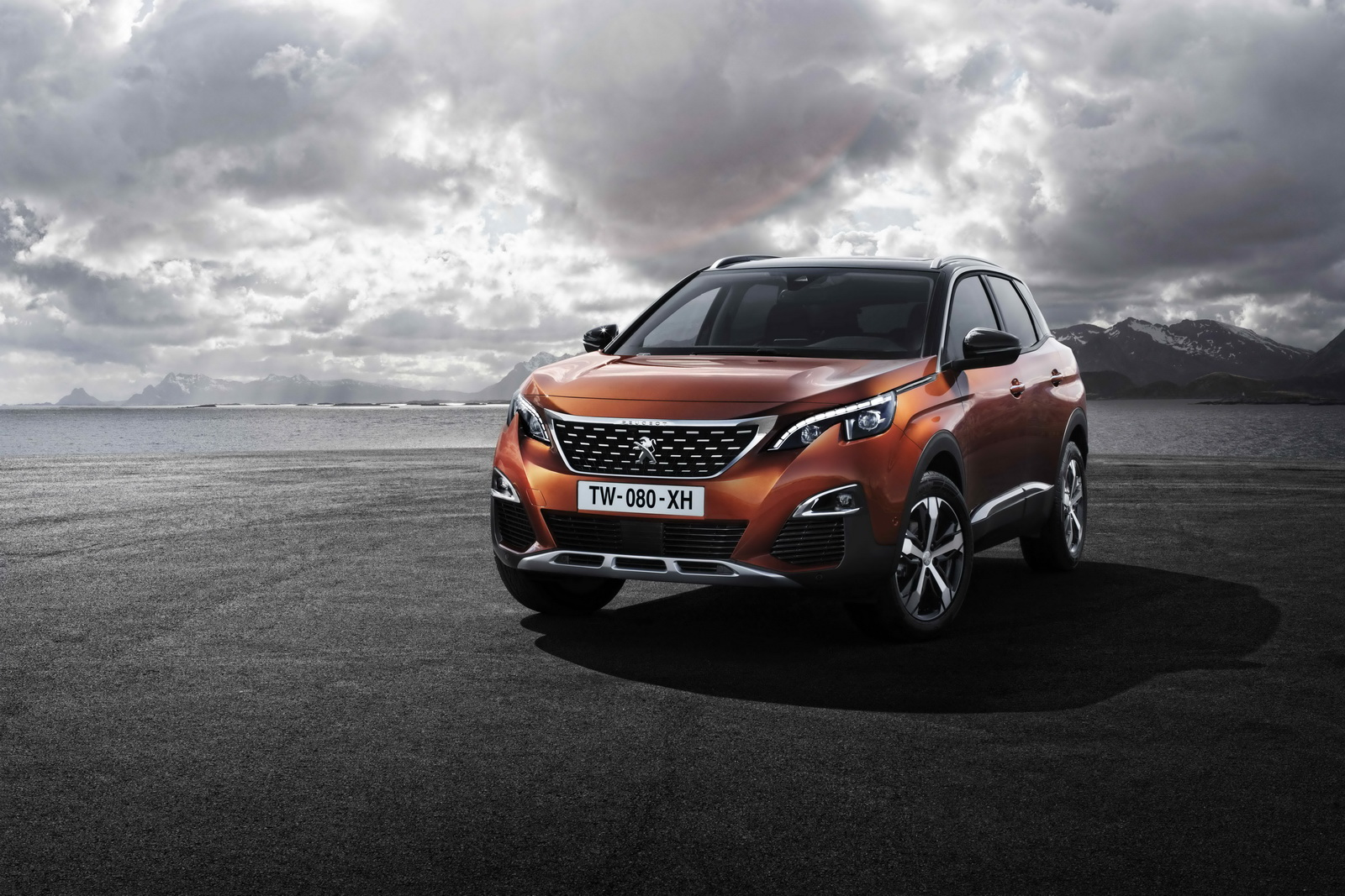 2016-Peugeot-3008-1.jpg