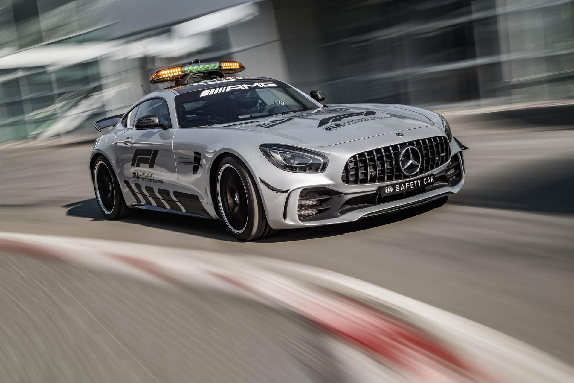 mercedes-amg-gt-r-f1-safety-car-01.jpg