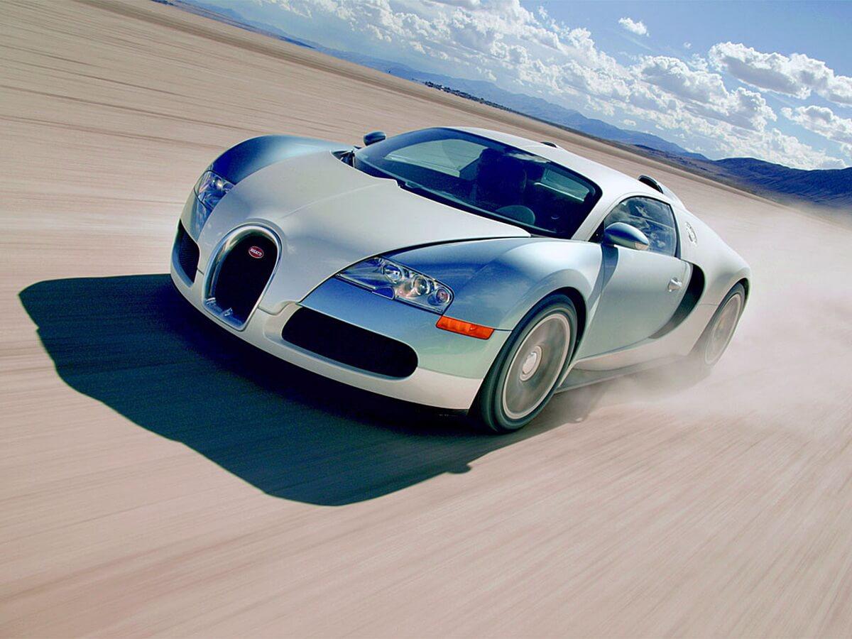 2006_Bugatti_164Veyron1.jpg