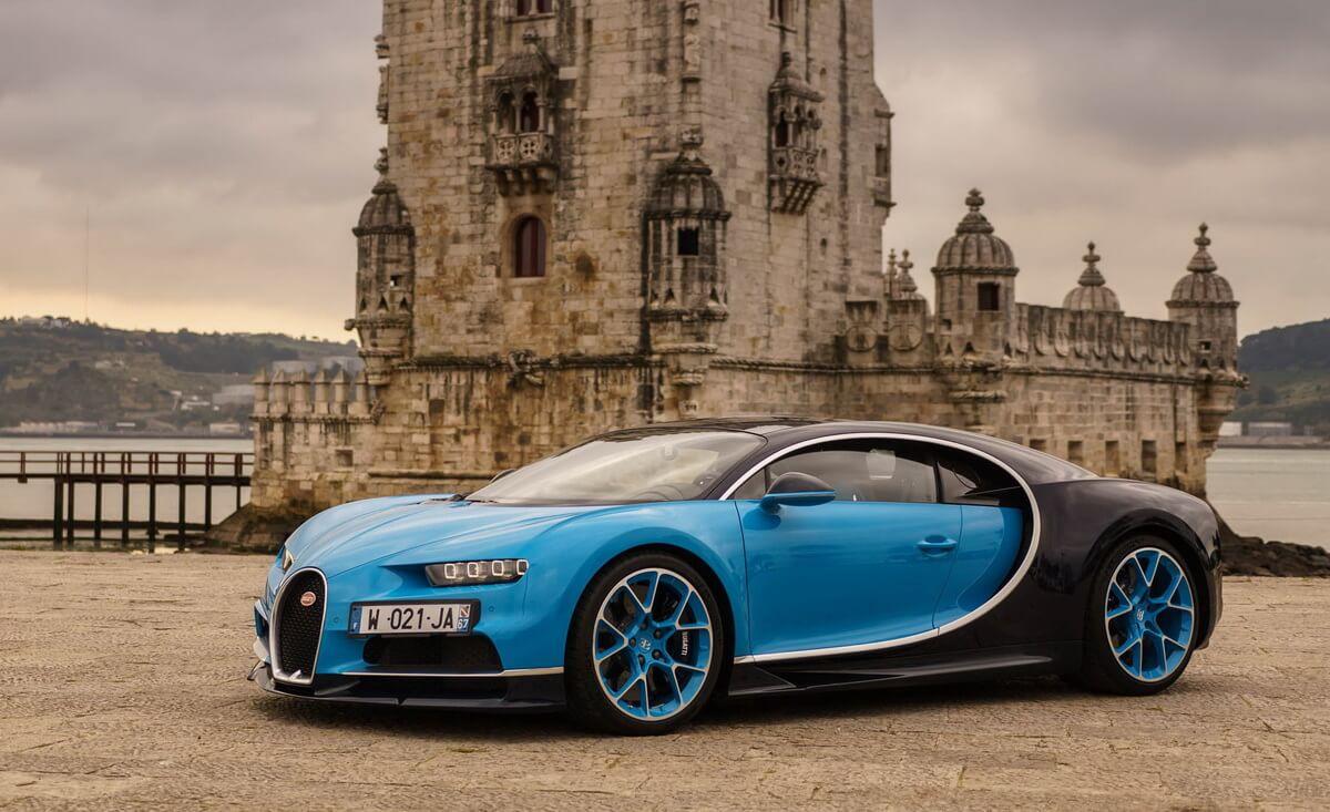 2018-Bugatti-Chiron-125.jpg