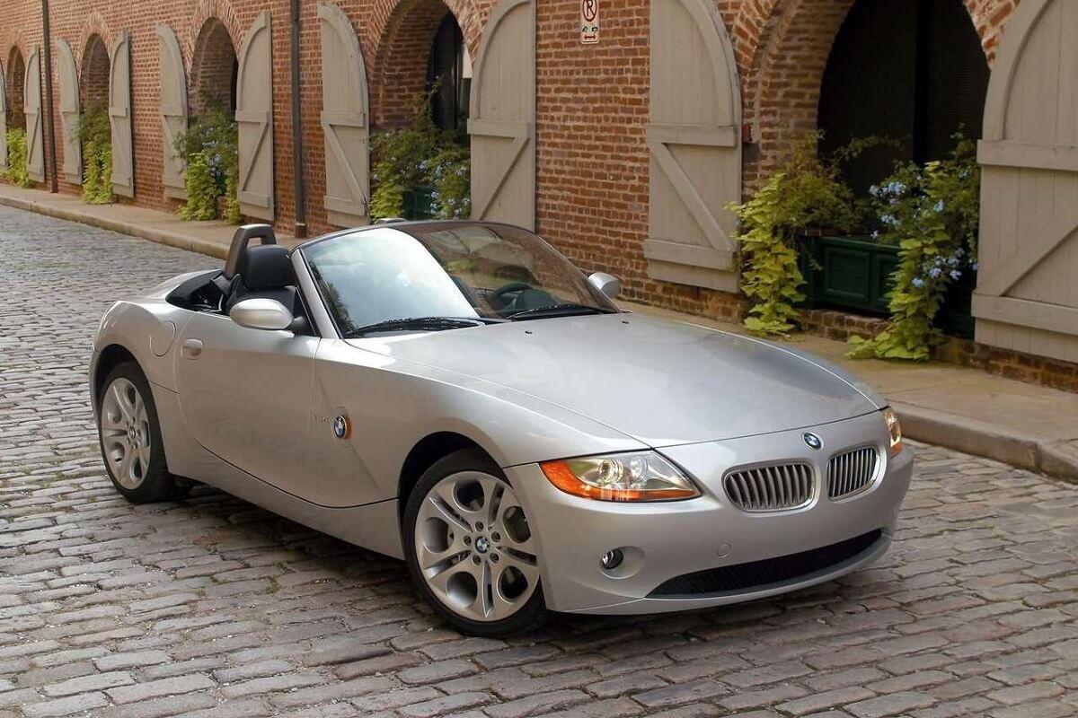 BMW-Z4-2003-1.jpg