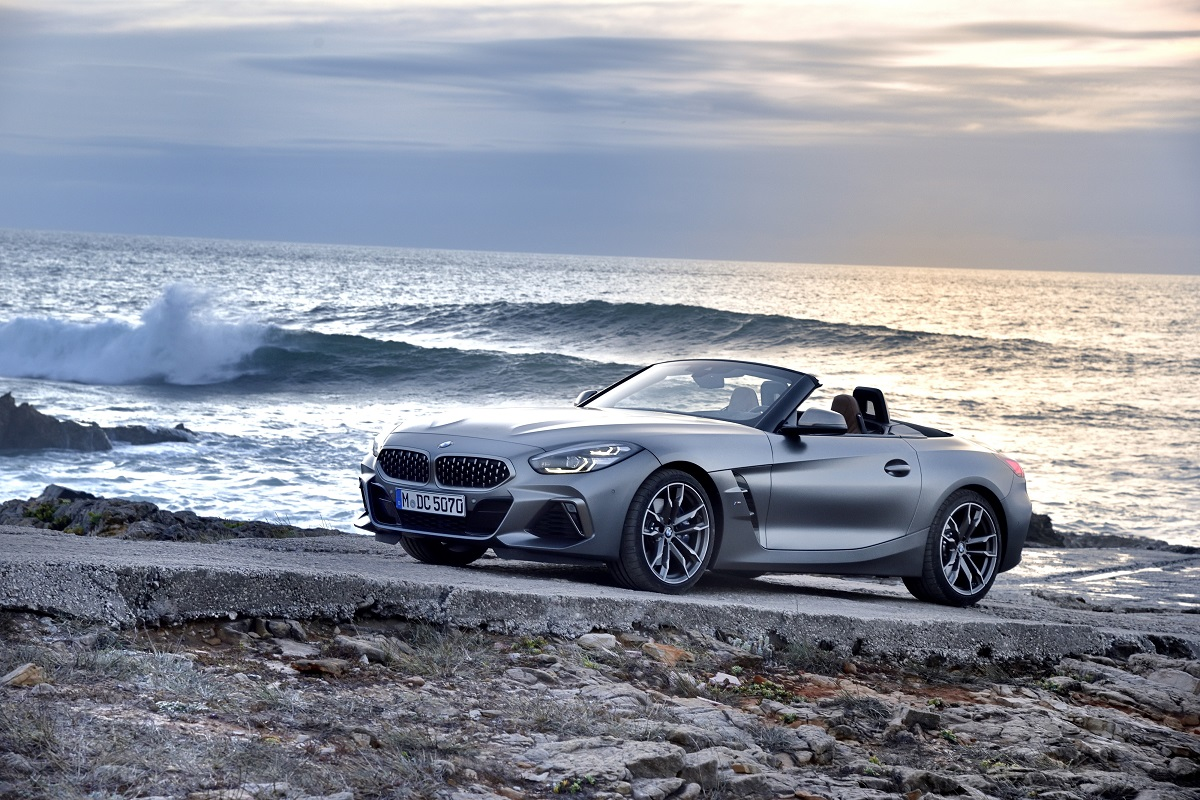 P90328380_highRes_the-new-bmw-z4-m40i-.jpg