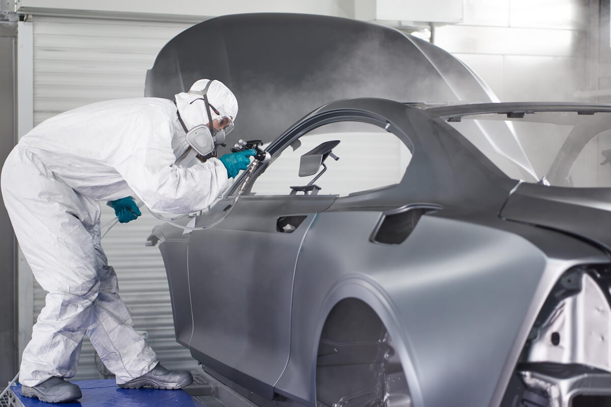 Polestar_Chengdu_Production_Centre_Polestar_1_004_CFRP_Body_Painting.jpg