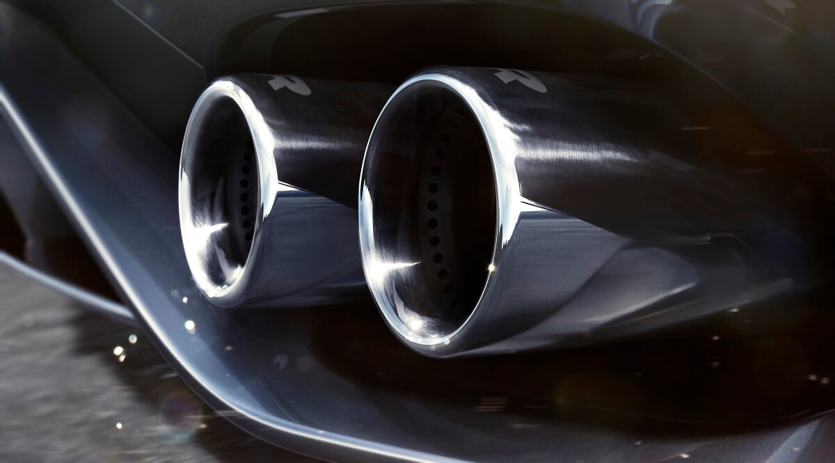 Jag_F-TYPE_21MY_Reveal_Image_Detail_ExhaustDetailing_02.12.19_04.jpg