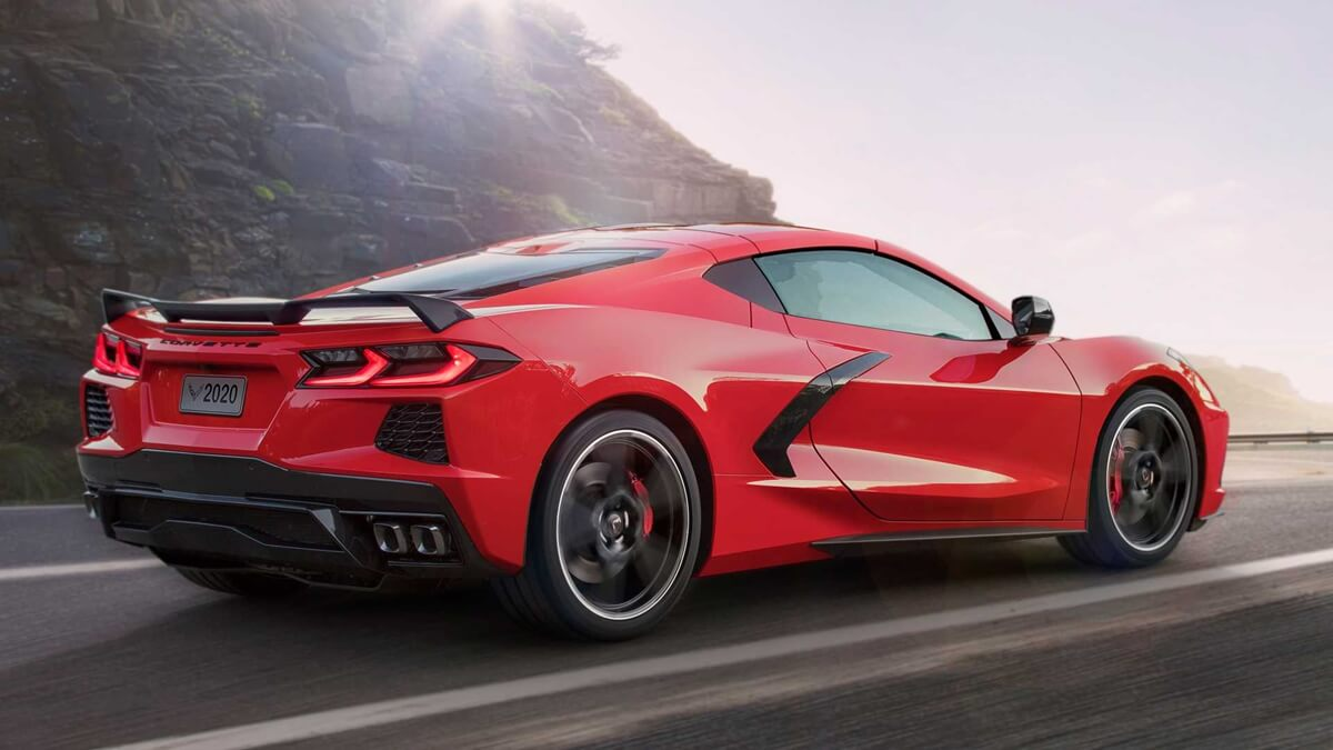 2020-chevrolet-corvette-stingray-4.jpg