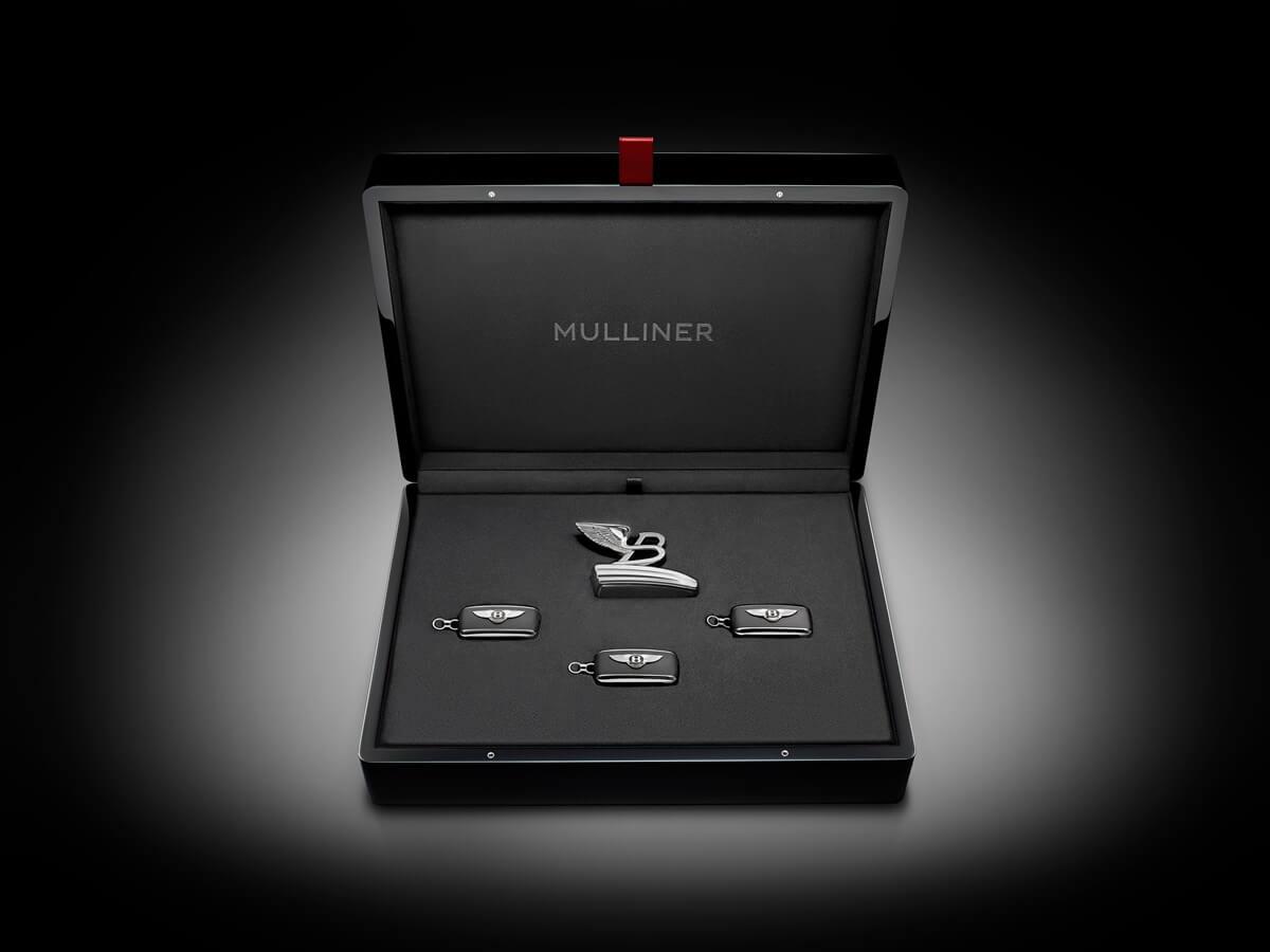Mulsanne-WO-Edition-by-Mulliner-Key-Case-2.jpg