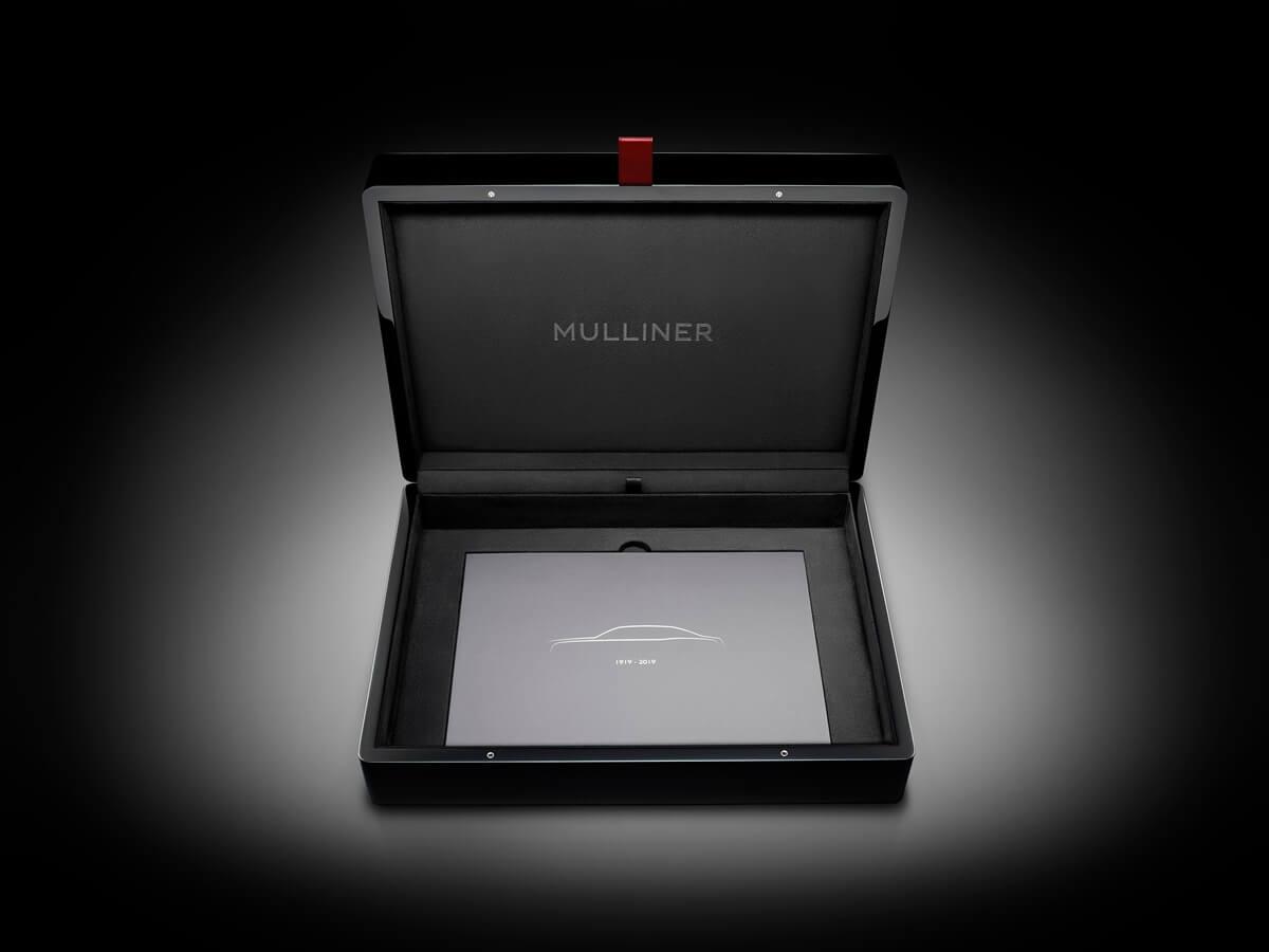 Mulsanne-WO-Edition-by-Mulliner-Key-Case-3.jpg