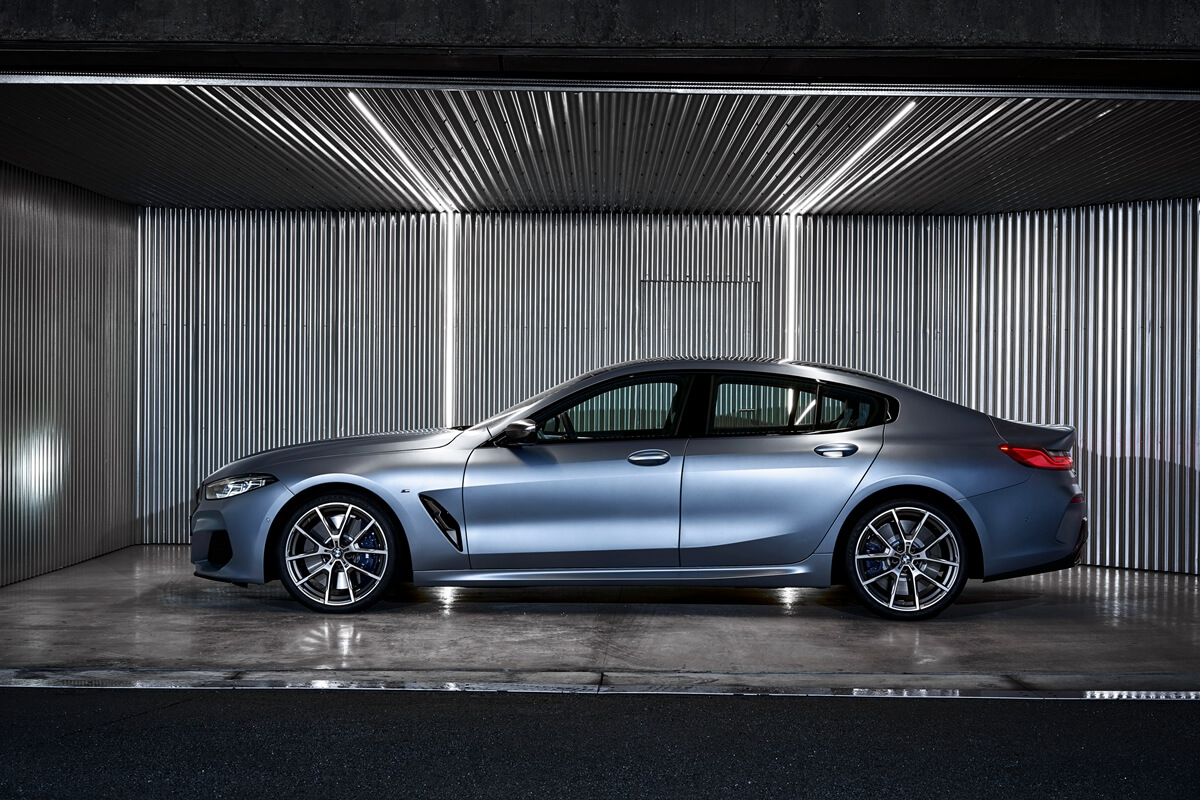 P90351078_highRes_the-new-bmw-8-series.jpg
