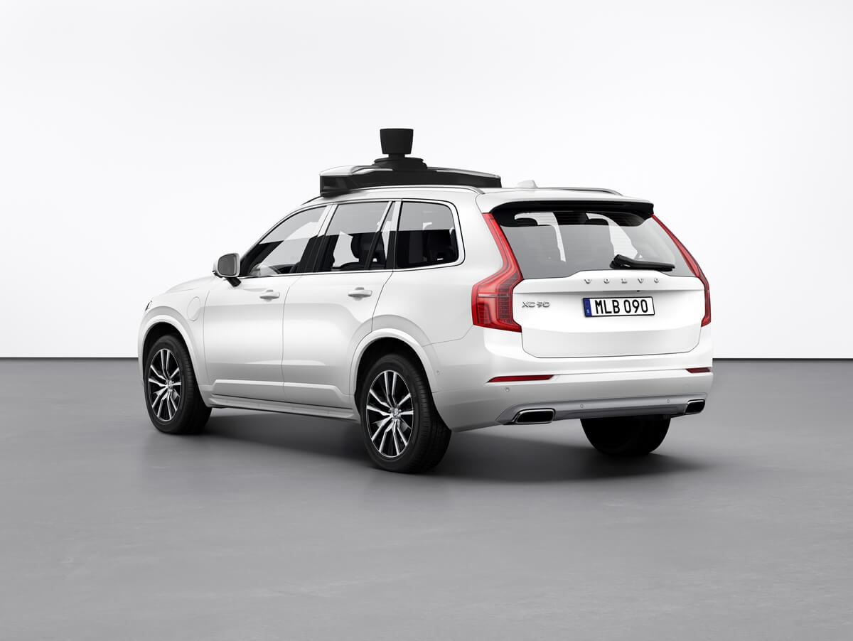 254703_Volvo_Cars_and_Uber_present_production_vehicle_ready_for_self-driving.jpg