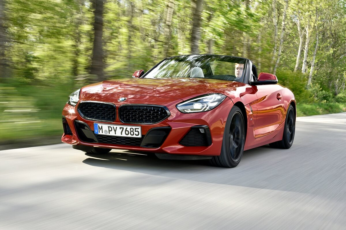 P90349109_highRes_the-new-bmw-z4-roads.jpg