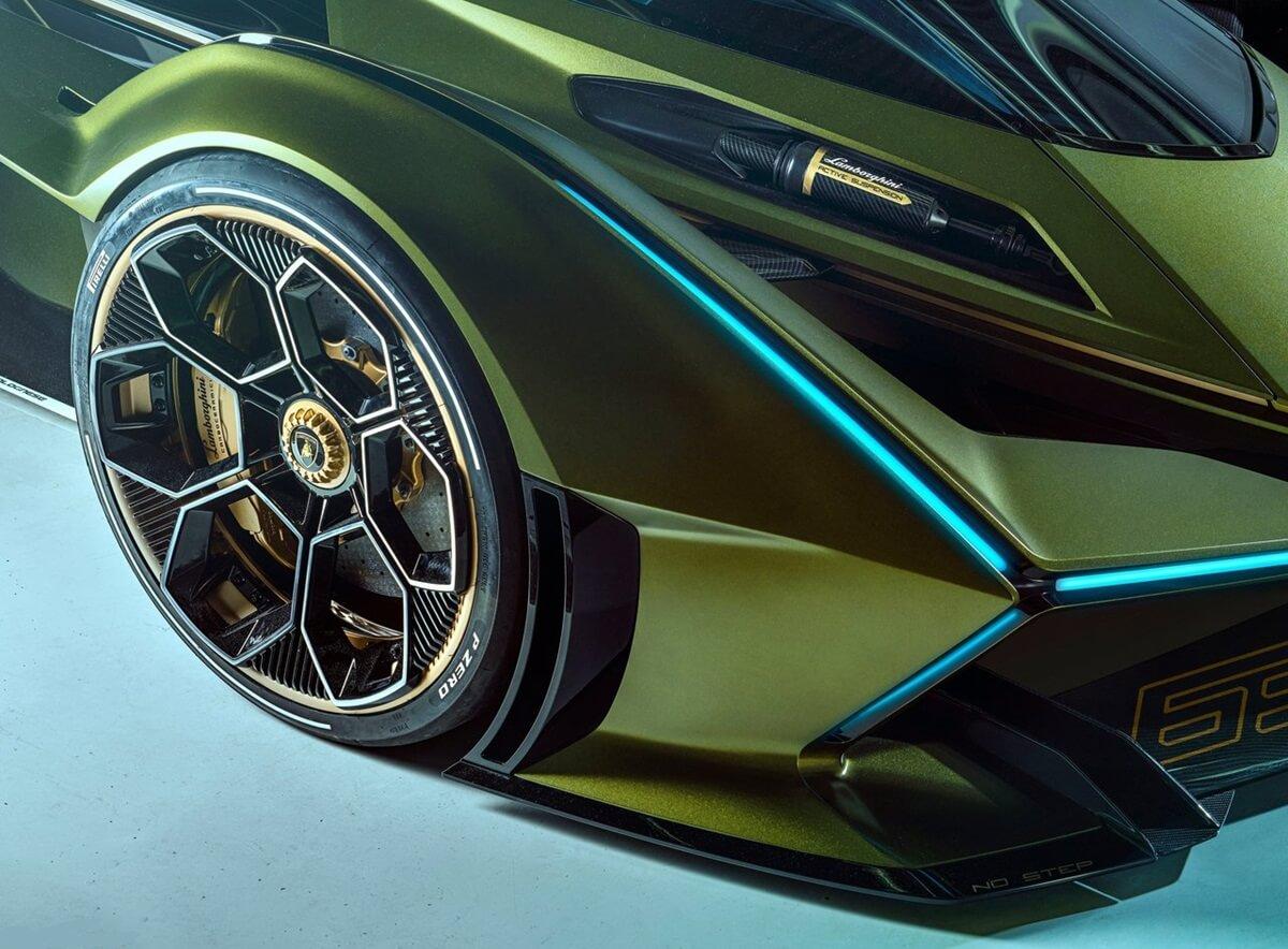 Lamborghini-Lambo_V12_Vision_Gran_Turismo_Concept-7.jpg