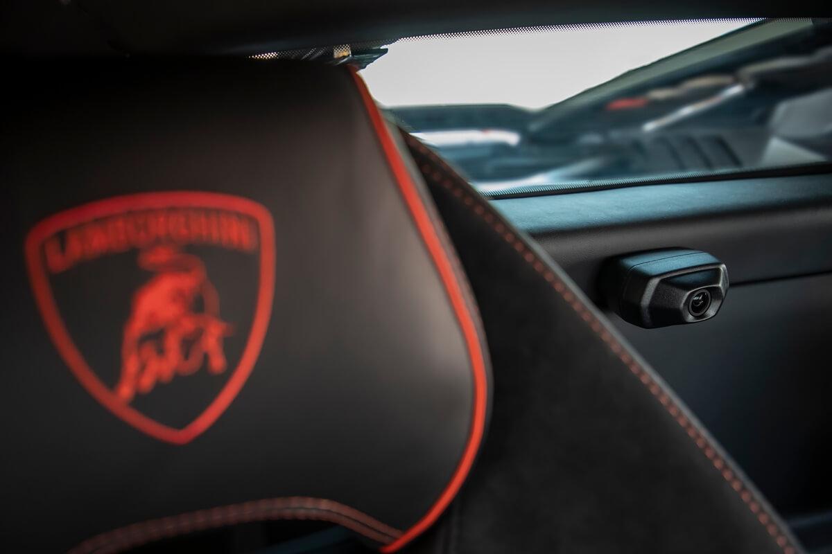 Lamborghini_Huracan_EVO_Arancio035.JPG