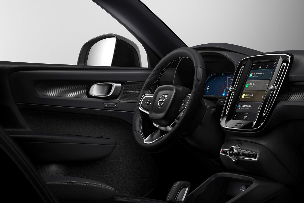 258976_Fully_electric_Volvo_XC40_introduces_brand_new_infotainment_system.jpg