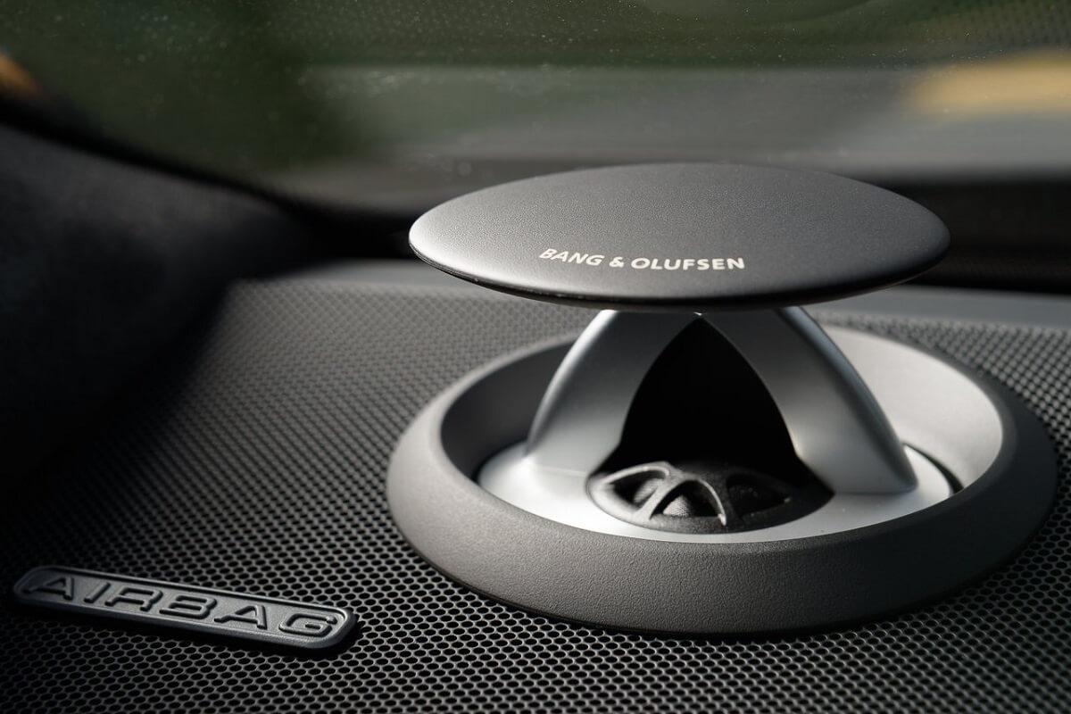 Audi-A8_L-3.jpg