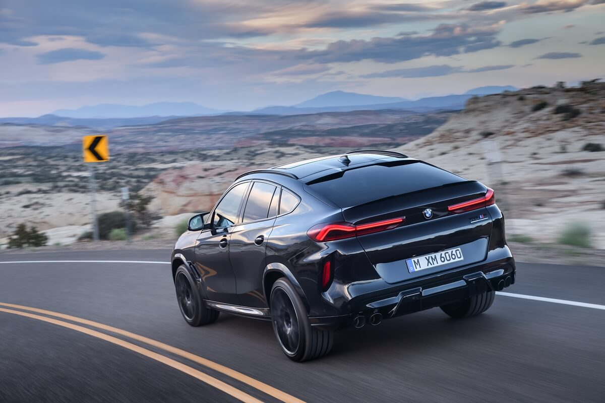 P90367350_highRes_the-new-bmw-x6-m-and.jpg