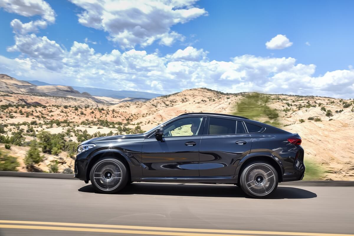 P90367357_highRes_the-new-bmw-x6-m-and.jpg