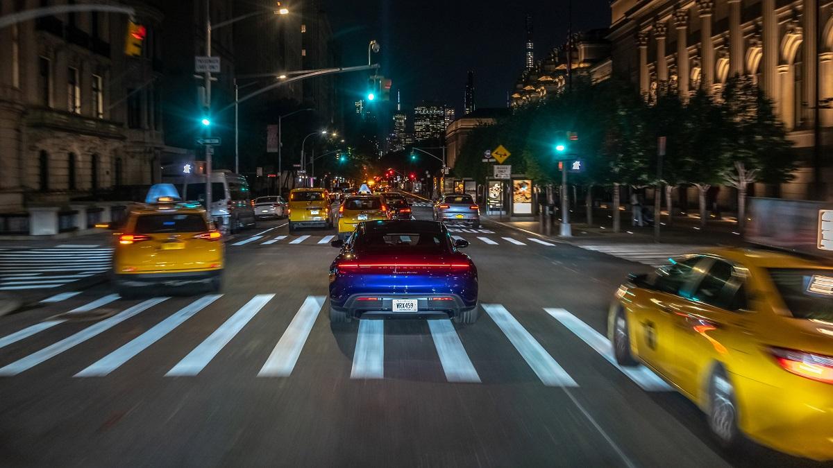 high_taycan_turbo_new_york_2019_porsche_ag-1.jpg