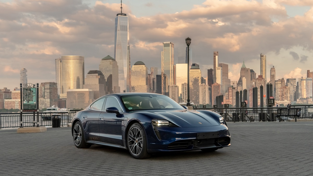high_taycan_turbo_new_york_2019_porsche_ag.jpg