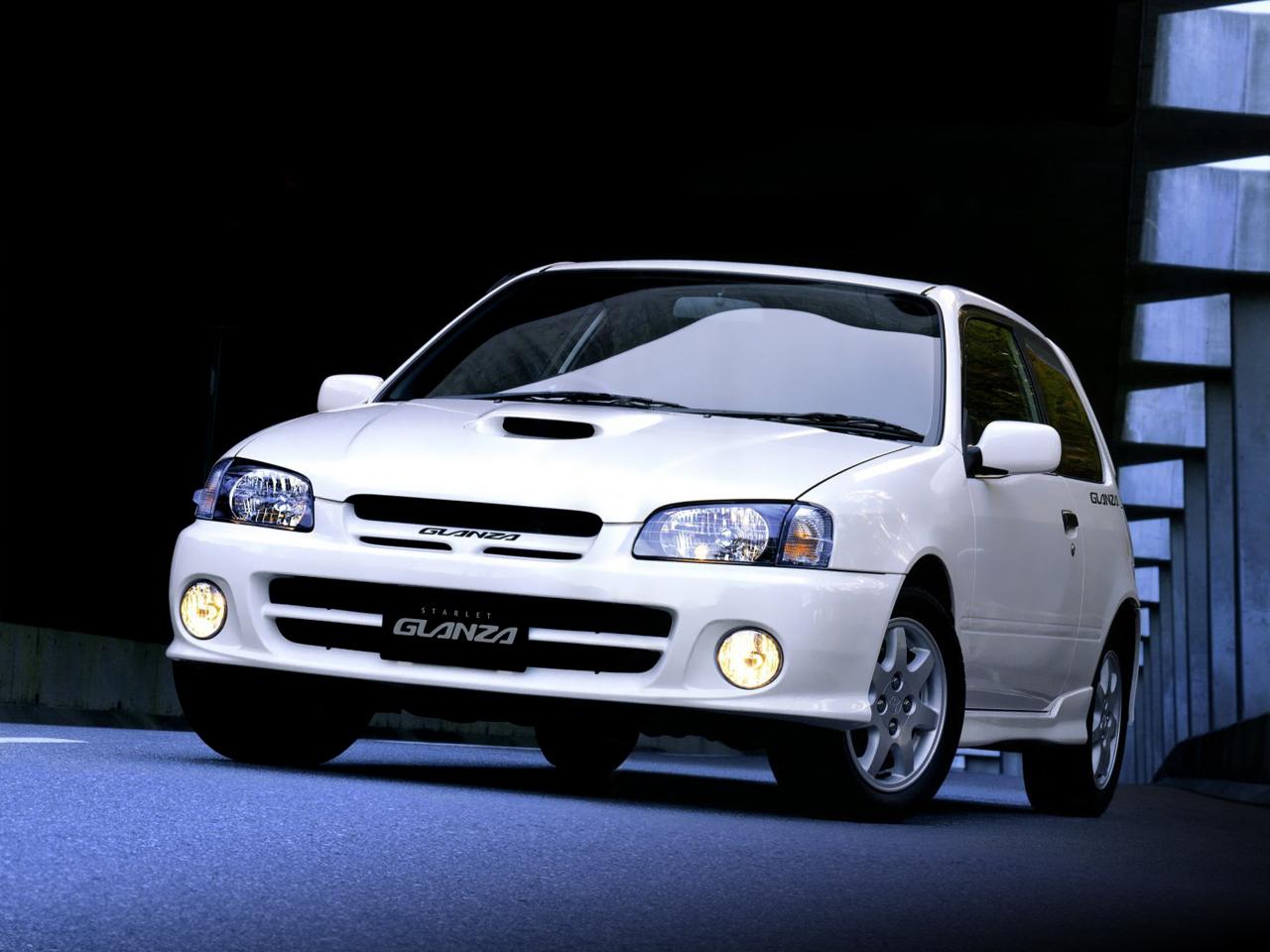 Toyota-Starlet-Glanza-V-P90-1.jpg