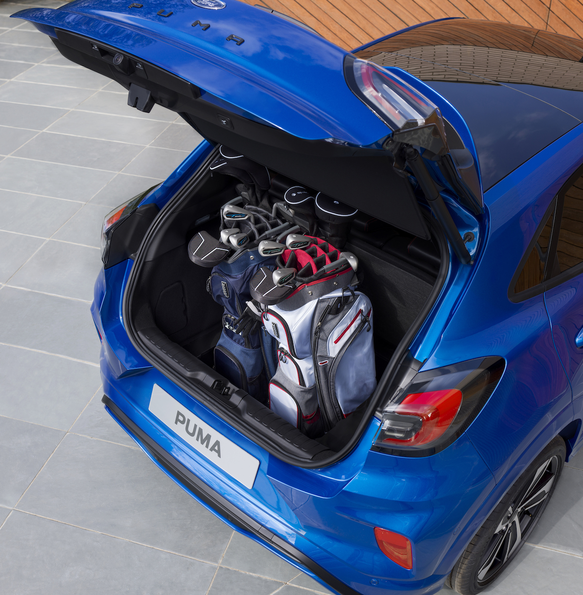 2019_FORD_PUMA_ST-Line_14_golf.jpg