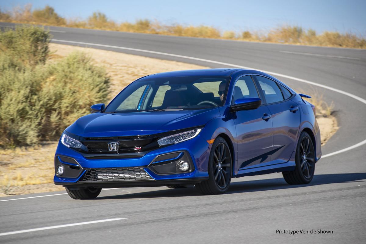 2020_Honda_Civic_Si_Sedan_011.jpg