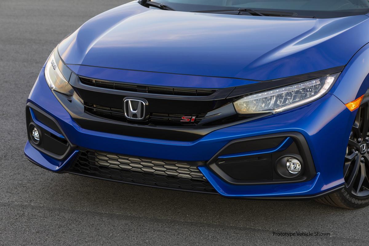 2020_Honda_Civic_Si_Sedan_016.jpg