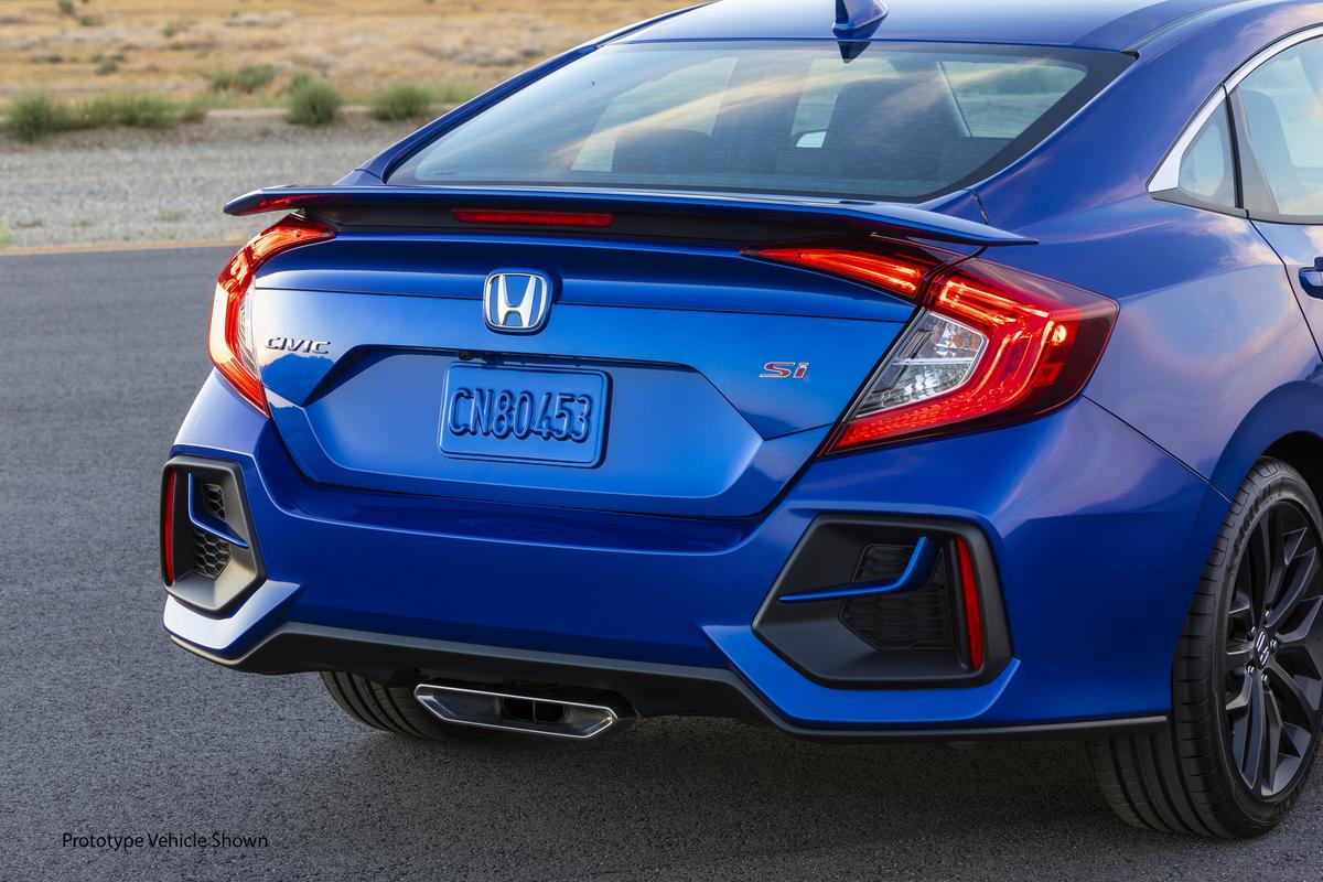 2020_Honda_Civic_Si_Sedan_017.jpg